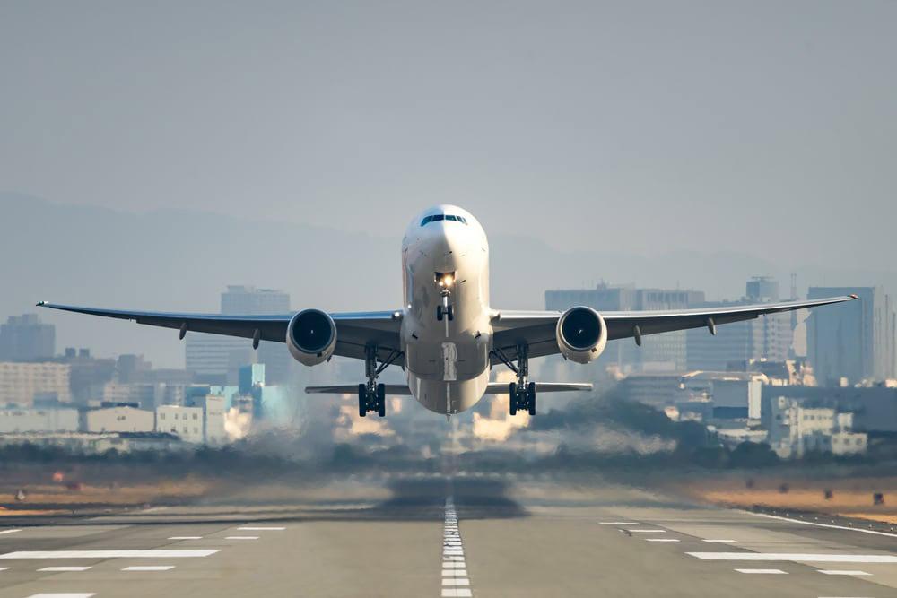თელ ავივის მიმართულებით რამდენიმე ავიაკომპანია ფრენებს დროებით წყვეტს