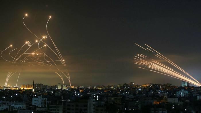 ისრაელის შეიარაღებული ძალების ინფორმაციით, კონფლიქტის დაწყებიდან დღემდე ღაზას სექტორიდან ისრაელის მიმართულებით 2 000-ზე მეტი რაკეტა გაუშვეს