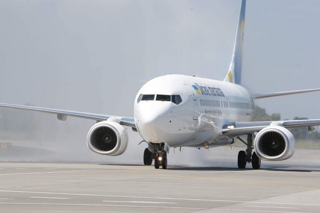 უკრაინული ავიაკომპანია კიევსა და ბათუმს შორის რეგულარულ ფრენებს განაახლებს