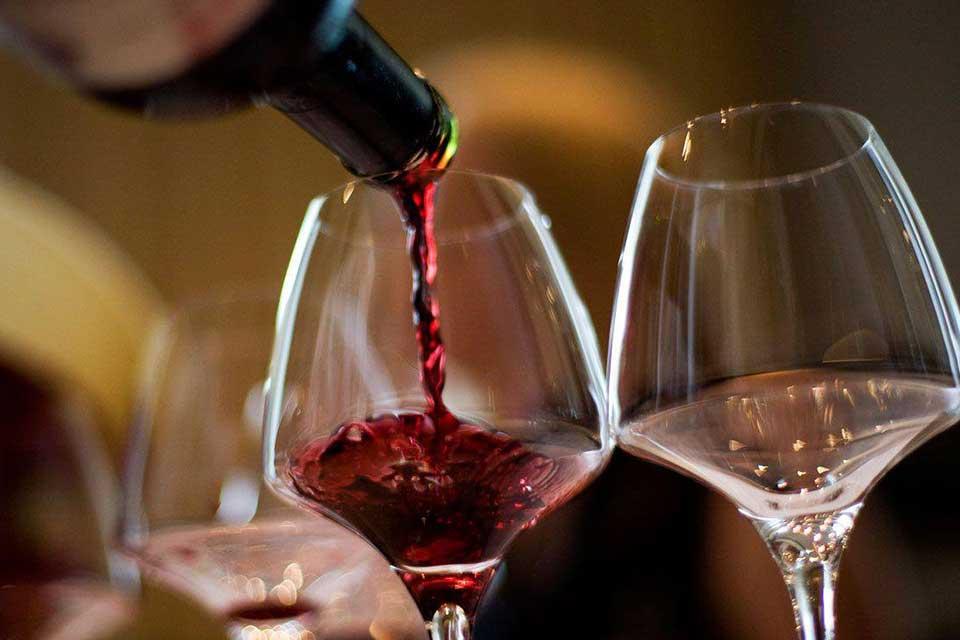 ბიზნესპარტნიორი - ქართული ღვინო გლობალური ბლოკჩეინის პლატფორმაზე