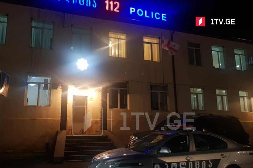Դմանիսիում, խանութներից մեկի մոտ տեղի ունեցած միջադեպի փաստով ոստիկանությունում ընթանում են հարցաքննություններ