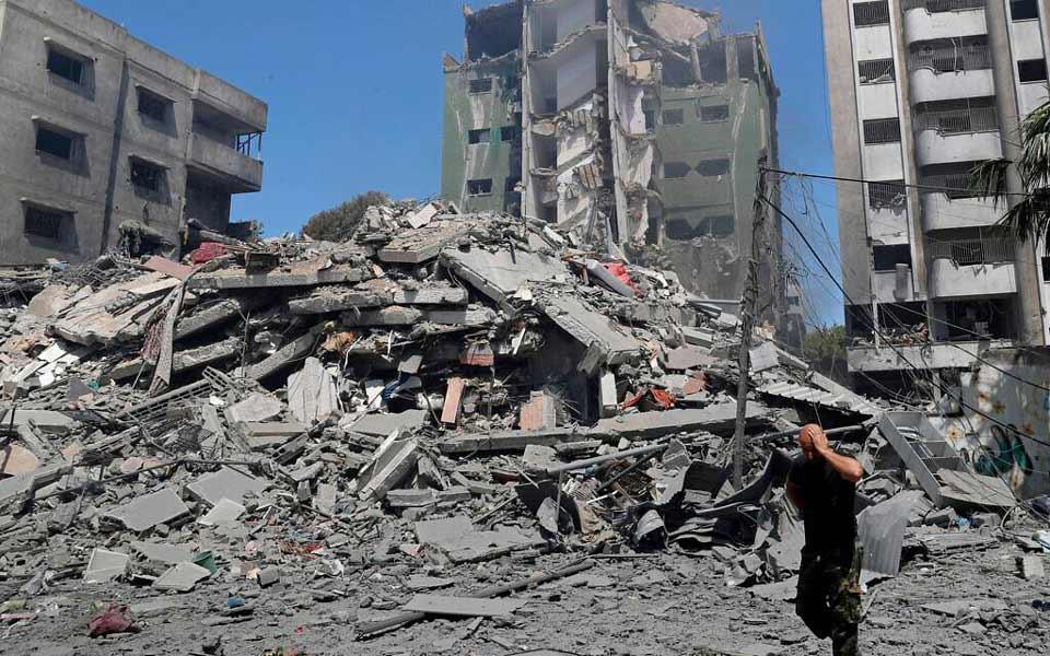 მედიის ცნობით, ღაზას სექტორში ისრაელის საავიაციო და საარტილერიო დაბომბვის შედეგად დაღუპულთა რიცხვი 197-მდე გაიზარდა