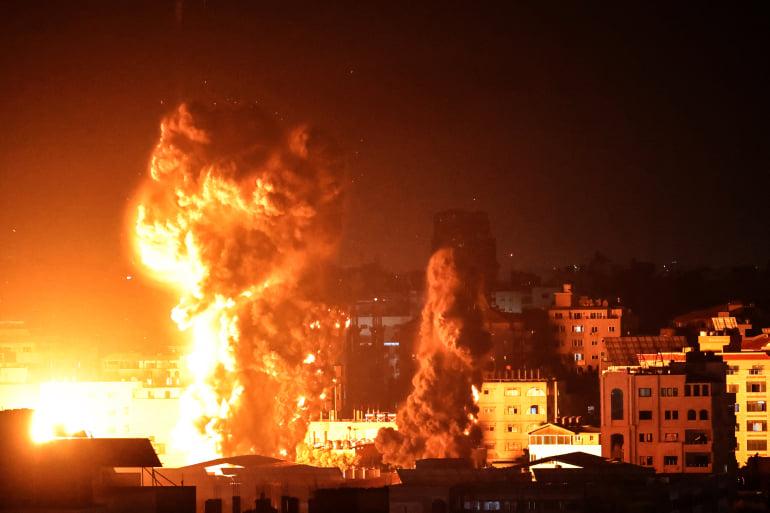 """ისრაელის სამხედრო ავიაციამ ღაზაში """"ჰამასის"""" მიწისქვეშა გვირაბების 15-კილომეტრიანი ქსელი დაბომბა"""