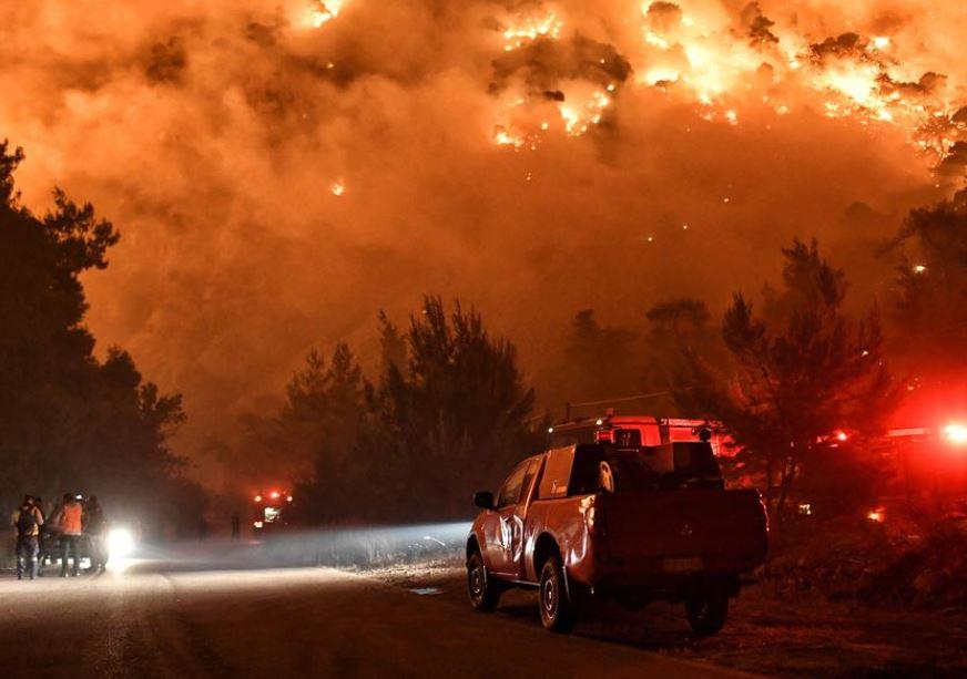 საბერძნეთის დასავლეთ ნაწილში ტყეში ხანძრის ჩაქრობა ამ დრომდე ვერ ხერხდება