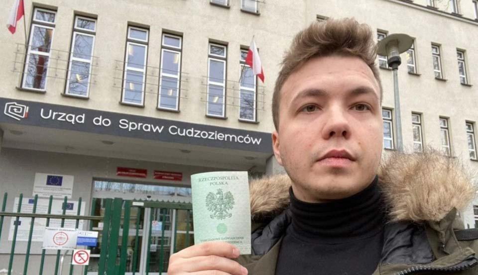 В Минске арестовали оппозиционного журналиста Романа Протасевича