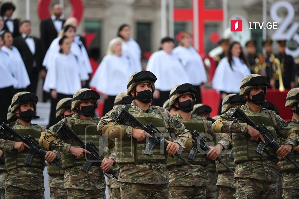 247 recruits take military oath