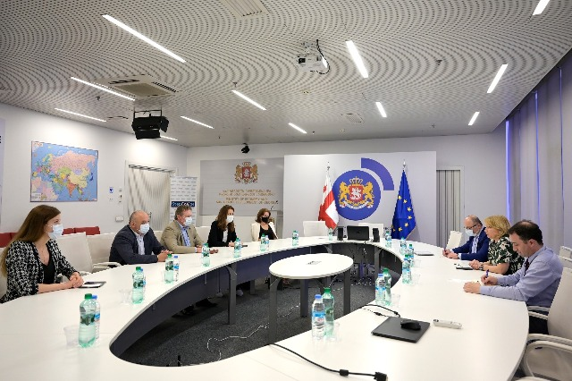 """ნათია თურნავა - საერთაშორისო სტანდარტების სამეთვალყურეო საბჭო """"სახელმწიფო ელექტროსისტემას"""" ფინანსურად ძლიერ ორგანიზაციად ჩამოყალიბებაში დაეხმარება"""
