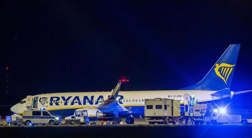 """""""რაინეარის"""" თვითმფრინავმა ბერლინში საავარიო დაშვება განახორციელა"""