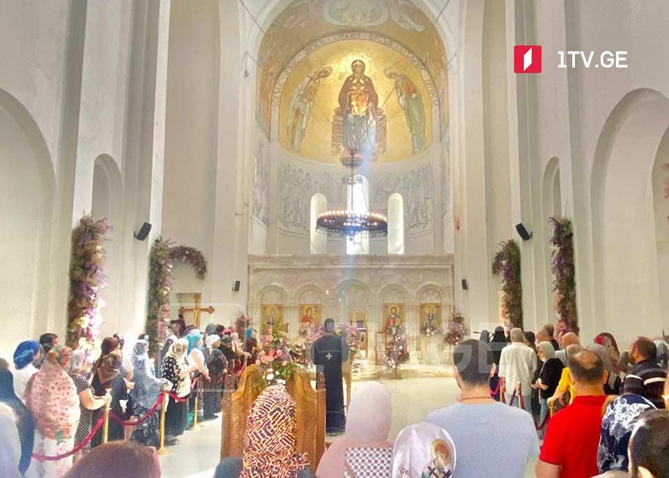 ნინოობის დღესასწაულთან დაკავშირებით ბოდბის მონასტერში წირვა-ლოცვა აღევლინა