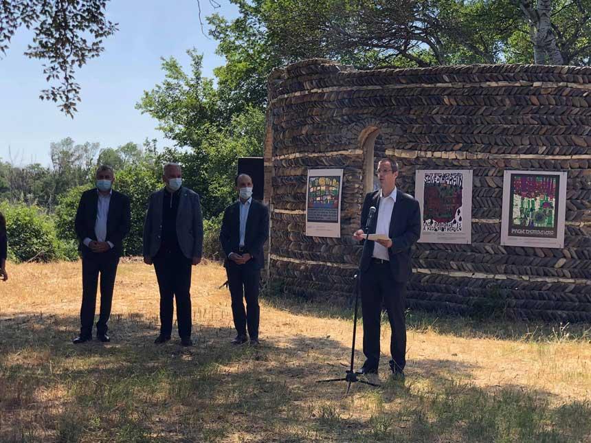გარემოს დაცვის მსოფლიო დღესთან დაკავშირებით, კრწანისის ტყეპარკში ცნობილი ავსტრიელი ხელოვანისა და გარემოსდამცველის გამოფენა გაიხსნა