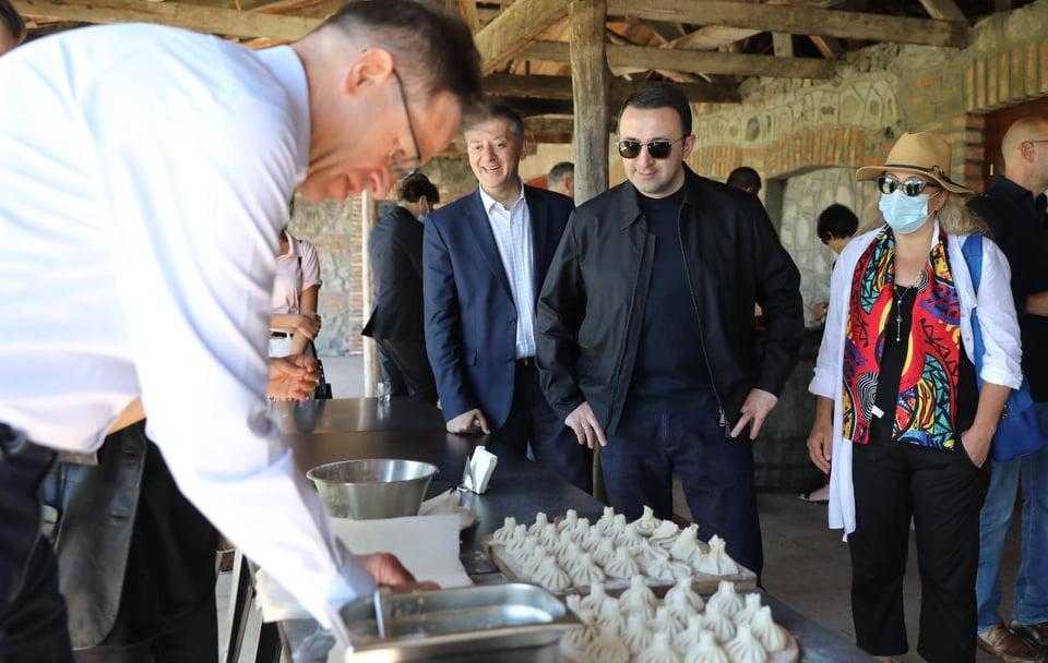 Ираклий Гарибашвили провел выездной прием для дипломатического корпуса