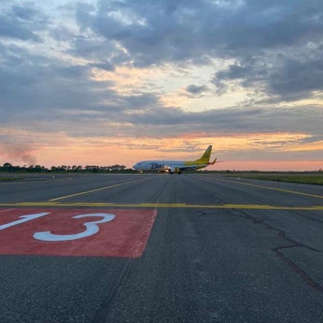 უკრაინულმა დაბალბიუჯეტიანმა ავიაკომპანიამ კიევი-ბათუმის მიმართულებით პირველი პირდაპირი ფრენა შეასრულა
