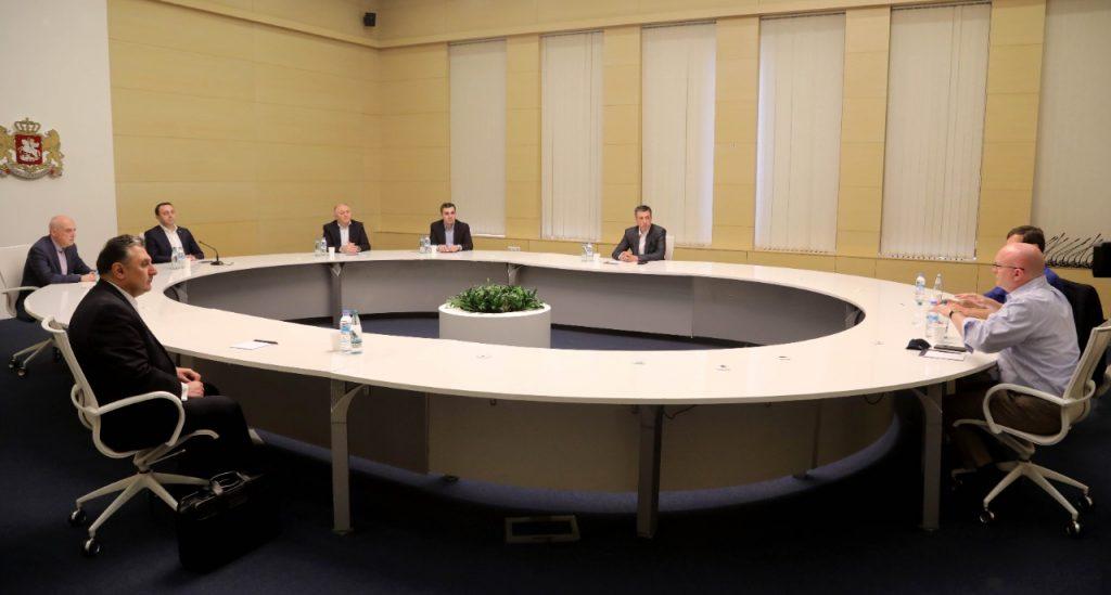 Администрация правительства Грузии - При фасилитации Ираклия Гарибашвили и Филиппа Рикера азербайджанская сторона освободила 15 граждан Армении, задержанных во время конфликта
