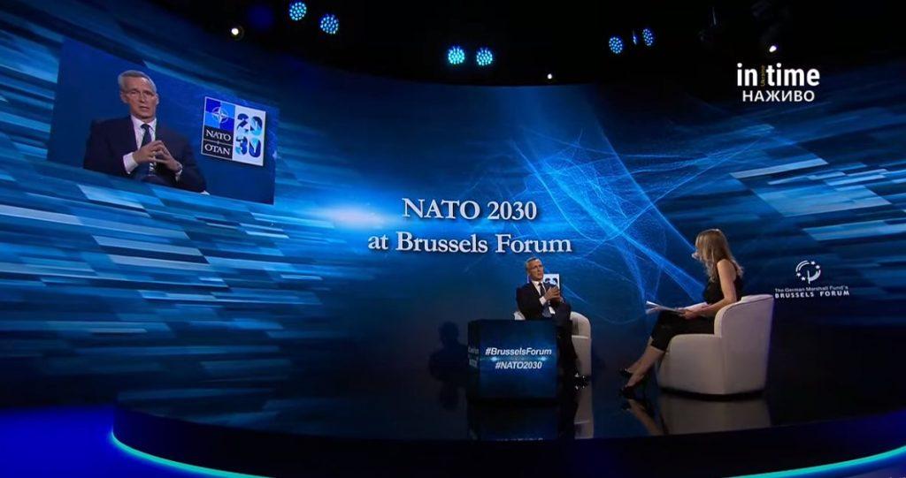 Иенс Столтенберг – Бухарест еилыкка ааҳацҳаит Қырҭтәыла НАТО ишалало, аха, аконкреттә арыцхә арбамызт, арыцхә иахьагьы ҳалацәажәом