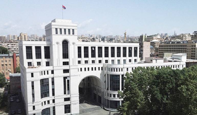სომხეთის საგარეო საქმეთა სამინისტრო აზერბაიჯანისა და თურქეთის პრეზიდენტების შუშაში ვიზიტს გმობს