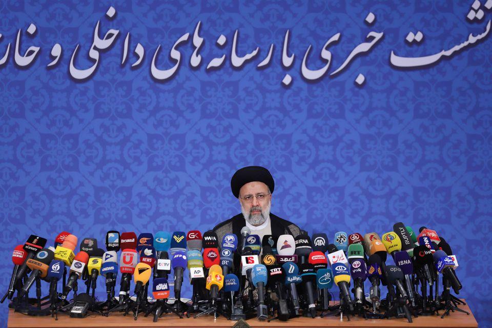 ებრაჰიმ რაისის განცხადებით, ირანის პრიორიტეტი რეგიონულ მეზობლებთან ურთიერთობების გაუმჯობესება იქნება