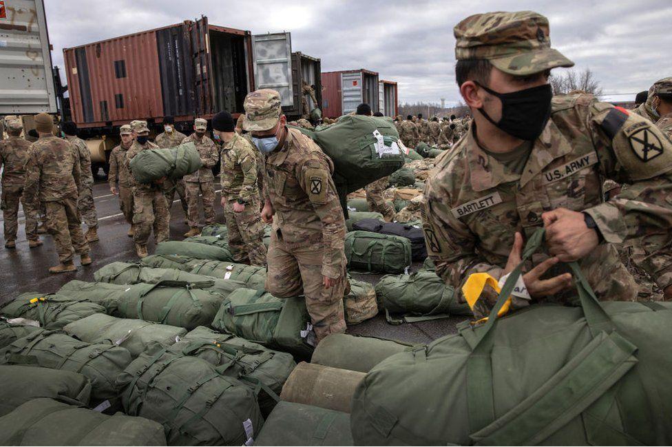 """პენტაგონის სპიკერი - ავღანეთში """"თალიბანის"""" სწრაფი გაძლიერების ფონზე, აშშ-მა ქვეყნიდან სამხედროების გაყვანის პროცესი შესაძლოა, შეანელოს"""