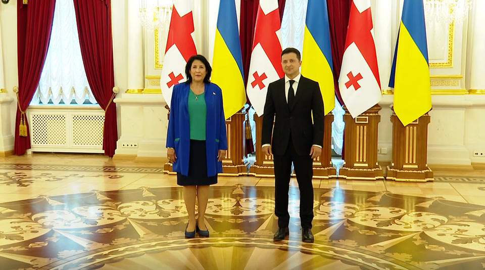 Georgian President meetsUkrainian counterpart