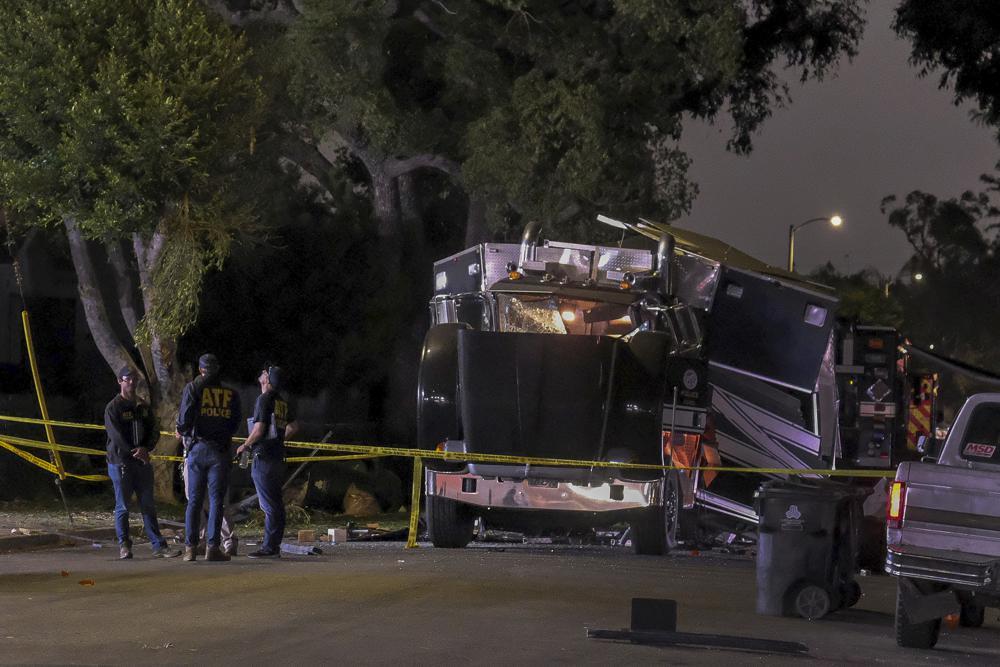 ლოს ანჯელესში ფოიერვერკებით დატვირთული სატვირთოს აფეთქების შედეგად 17 ადამიანი დაშავდა
