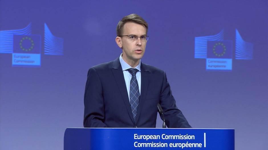 Еврокомиссиа Мрагыларатә партниорра атәылақәа рҟны аусеицура арҕәҕәара иазку аинициатива цәырыргеит, уи ала иазҧхьагәаҭоуп 2,3 миллиард евро зларҵо аинвестициатә план