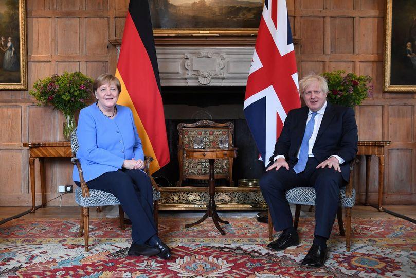 ანგელა მერკელი ბრიტანეთის პრემიერ-მინისტრს შეხვდა