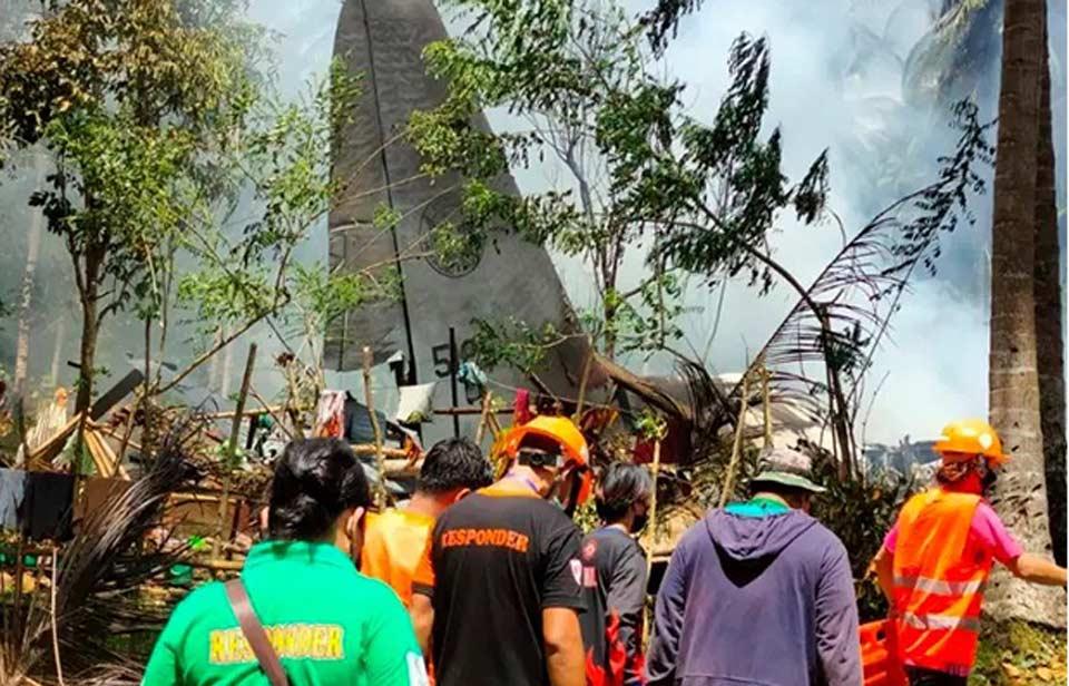 ფილიპინებში სამხედრო თვითმფრინავის კატასტროფის შედეგად მსხვერპლთა რიცხვი 29-მდე გაიზარდა
