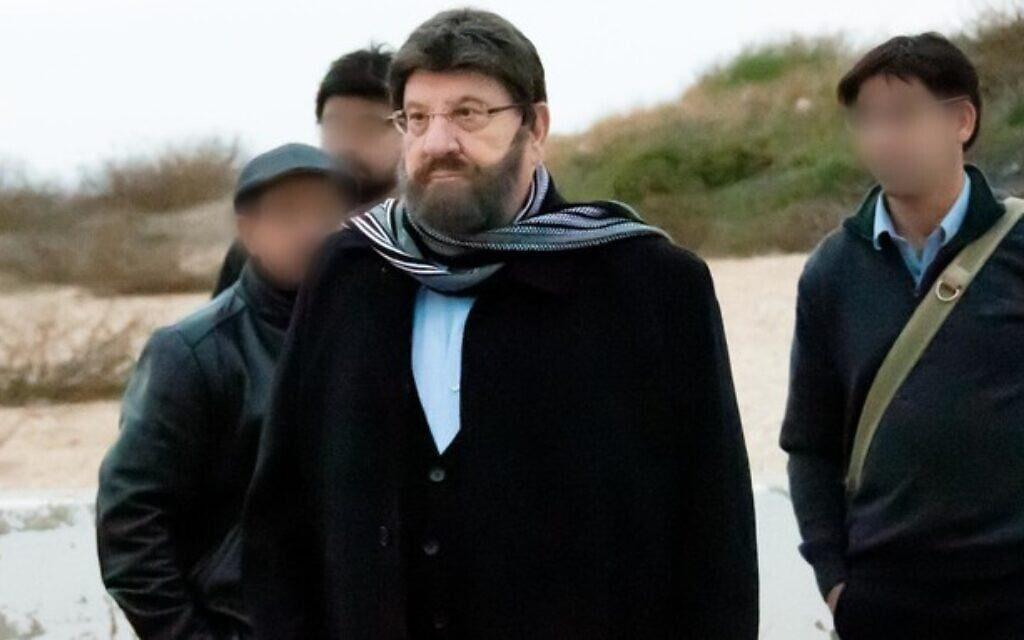ისრაელის უსაფრთხოების სამსახურმა ქვეყნის პრეზიდენტის პარიკსა და წვერში გადაღებული ფოტო გამოაქვეყნა