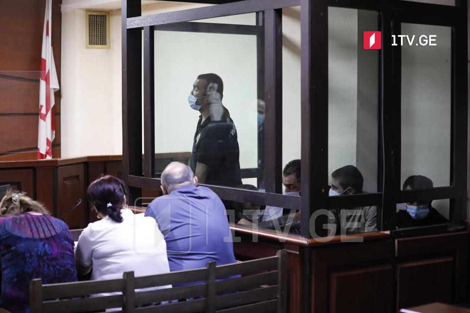 პროკურატურა 5 ივლისის მოვლენებისას დაკავებული ხუთი პირისთვის, მათ შორის საქართველოს პირველი არხის ოპერატორზე ძალადობაში ბრალდებულისთვის, პატიმრობის შეფარდებას ითხოვს