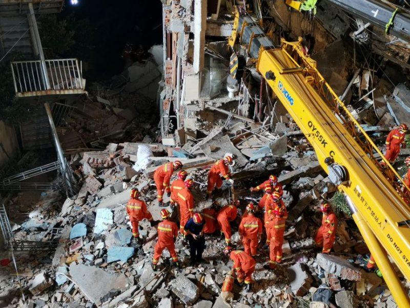 ჩინეთში სასტუმროს ჩამონგრევის შედეგად რვა ადამიანი დაიღუპა