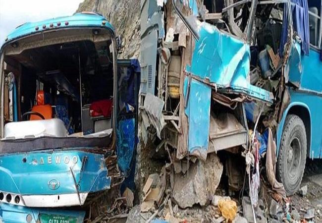 პაკისტანში ავტობუსის აფეთქების შედეგად, სულ მცირე რვა ადამიანი დაიღუპა