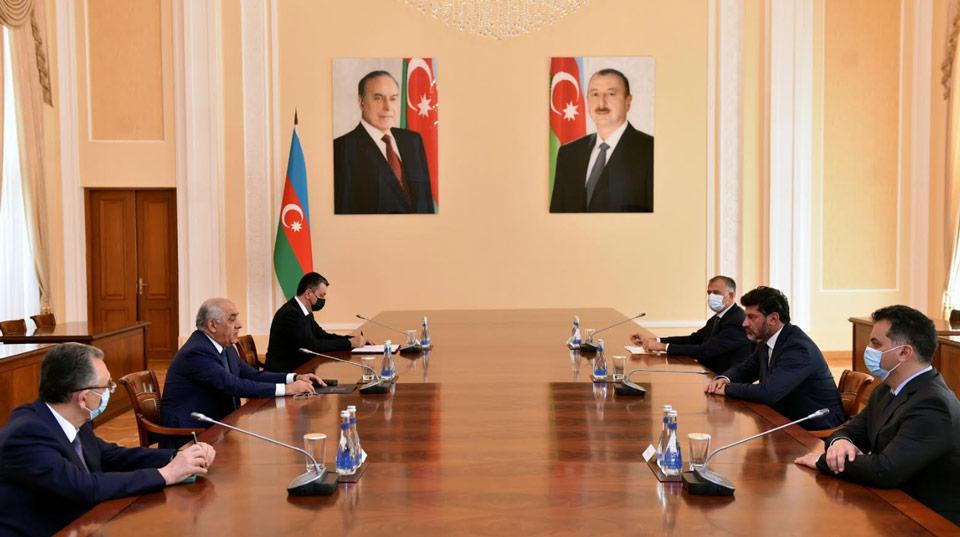 Կախա Կալաձեն հանդիպել է Ադրբեջանի վարչապետի հետ