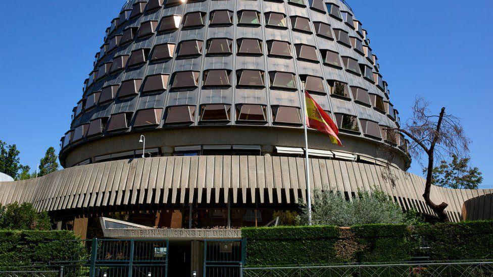 ესპანეთის უზენაესმა სასამართლომ კორონავირუსის გამო ქვეყანაში გასულ წელს დაწესებული კარანტინი არაკონსტიტუციურად ცნო