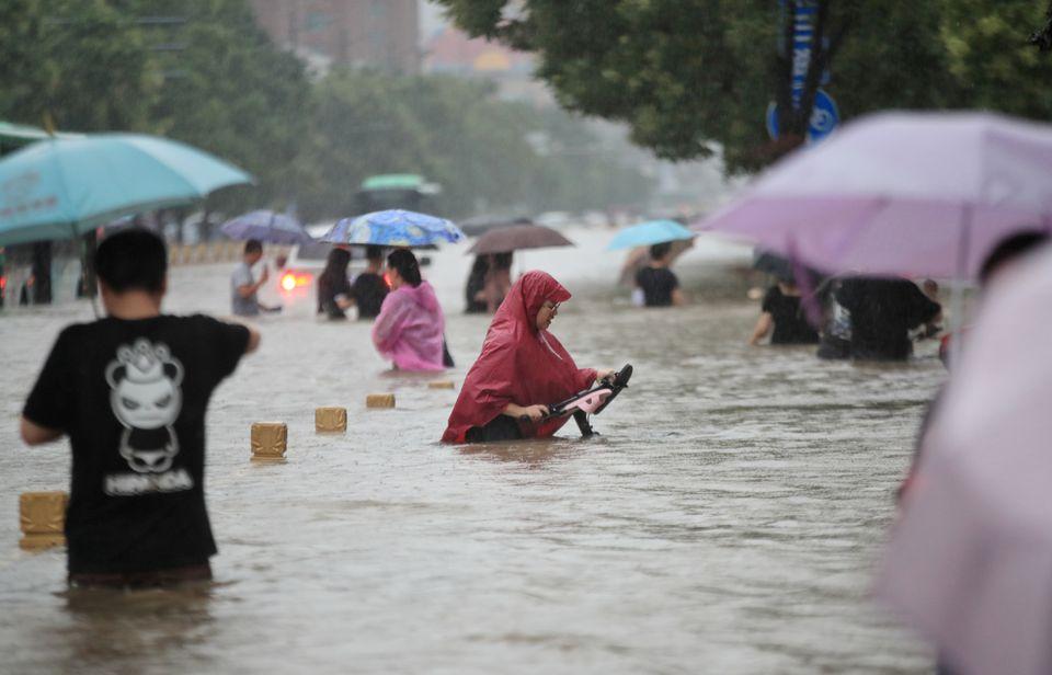 ჩინეთში წყალდიდობის შედეგად დაღუპულთა რაოდენობა 25-მდე გაიზარდა