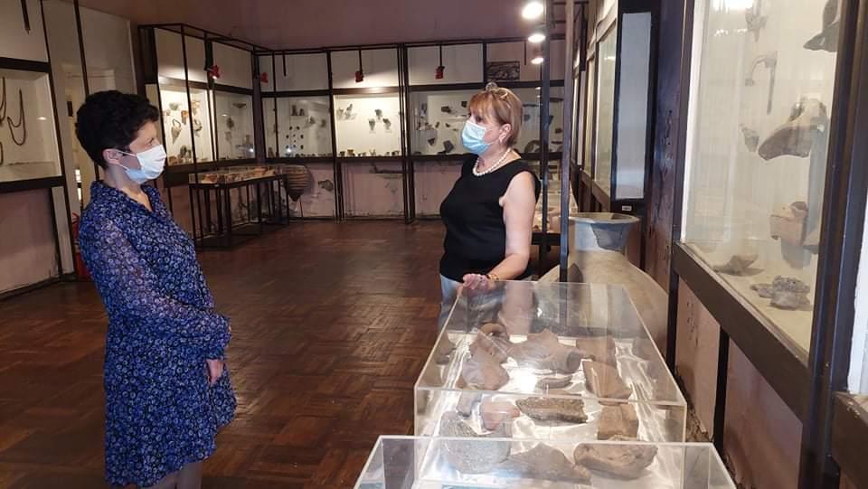 თეა წულუკიანი ფოთის კოლხური კულტურის მუზეუმს ესტუმრა