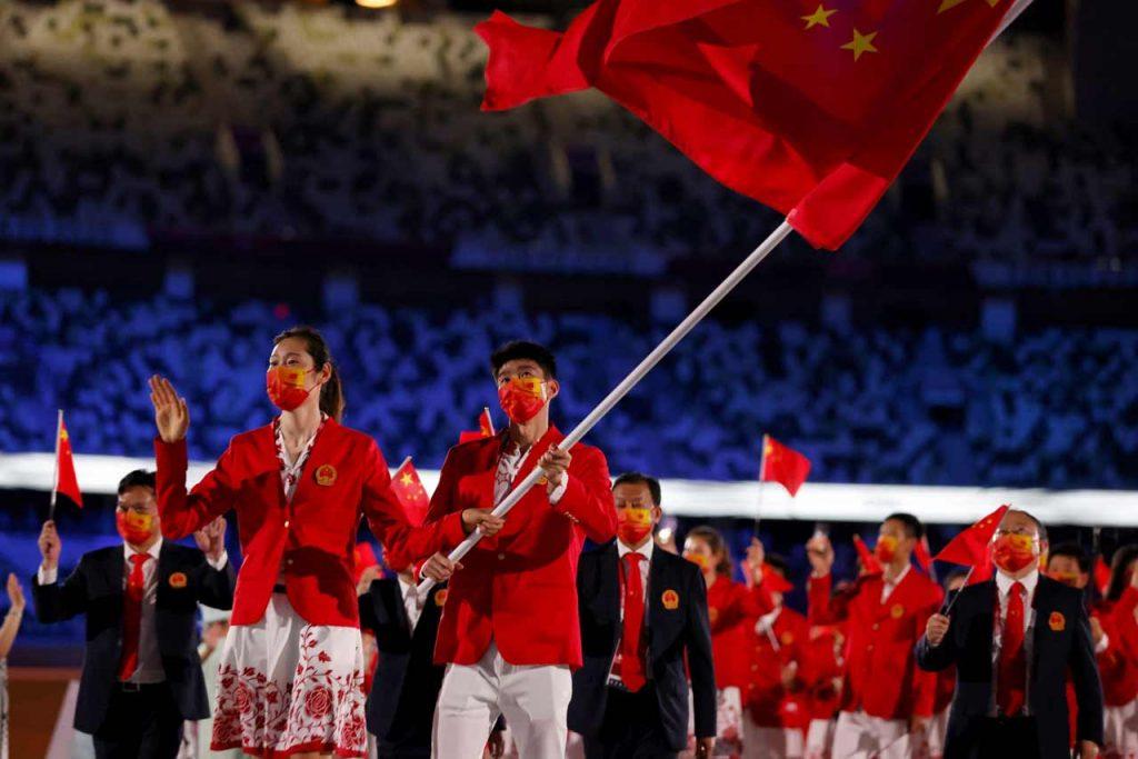 ტოკიო 2020   მედლების ჩათვლაში ჩინეთი დაწინაურდა, აშშ-მ 1972 წლის შემდეგ, პირველ სათამაშო დღეს პირველად ვერ მოიგო მედალი #1TVSPORT