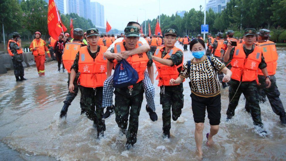 """ჩინეთს ტაიფუნი """"ინ-ფა"""" უახლოვდება"""