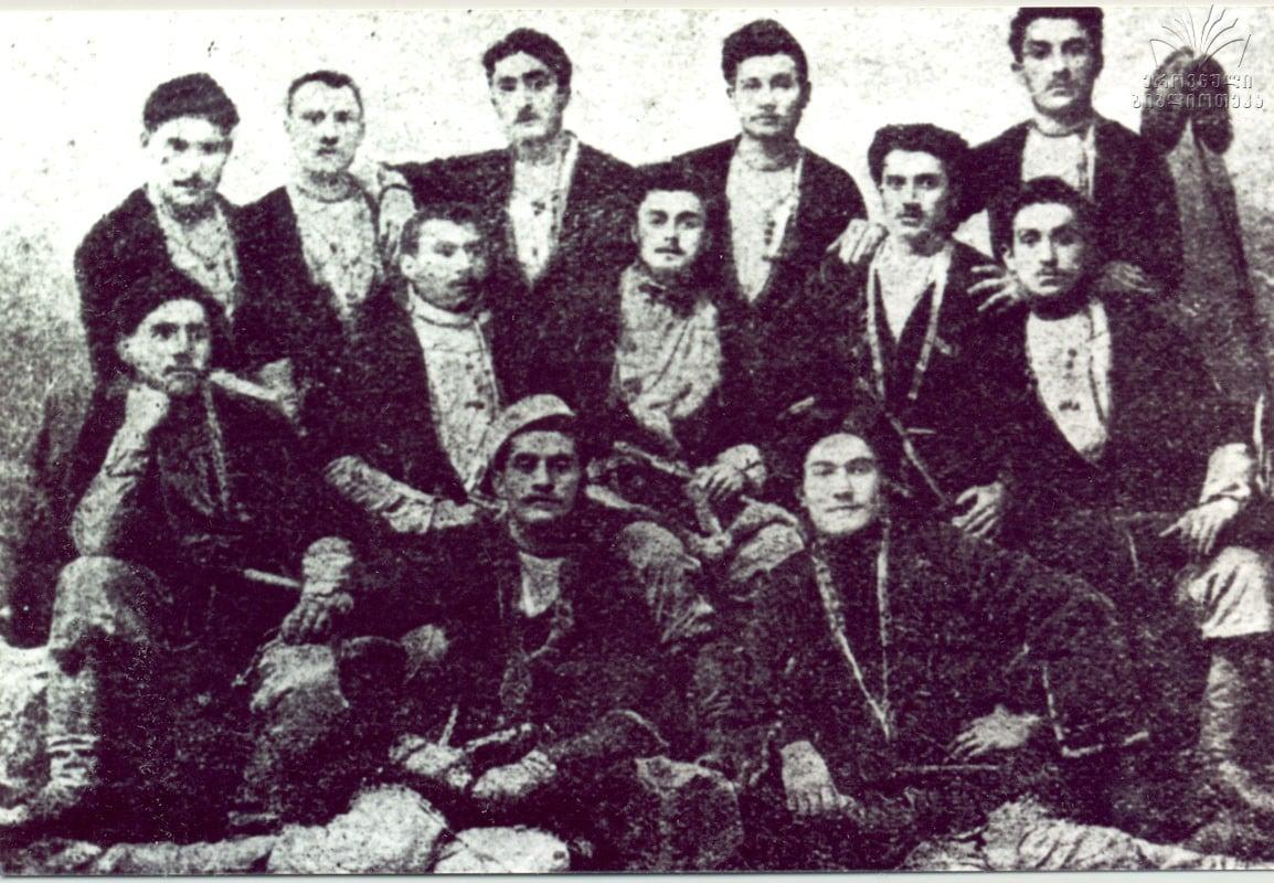 #ჩაკრულო - ქართული ხალხური სიმღერის ოსტატები