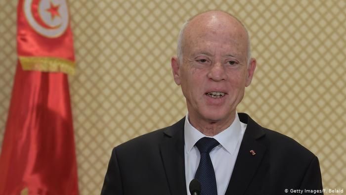 საპროტესტო გამოსვლების ფონზე, ტუნისის პრეზიდენტმა პრემიერ-მინისტრი გადააყენა და პარლამენტის მუშაობა შეაჩერა