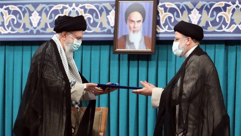 ირანის ახალარჩეულმა პრეზიდენტმა, ებრაჰიმ რაისიმ ფიცი დადო და უფლებამოსილების შესრულებას შეუდგა