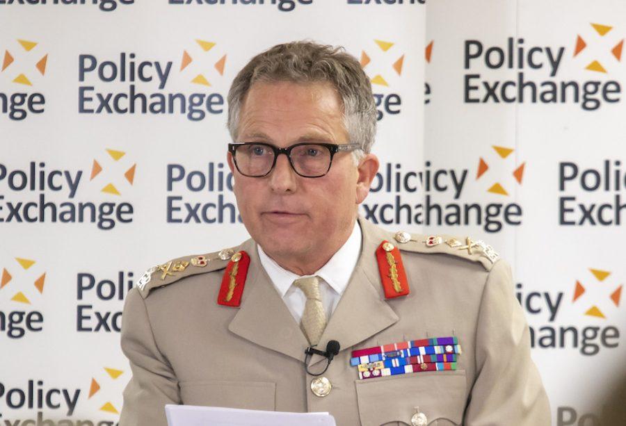 ბრიტანეთის შეიარაღებული ძალების გენშტაბის უფროსი ავღანეთის მოსაზღვრე ქვეყნებს ტერორიზმის წინააღმდეგ ბრძოლაში თანამშრომლობისკენ მოუწოდებს