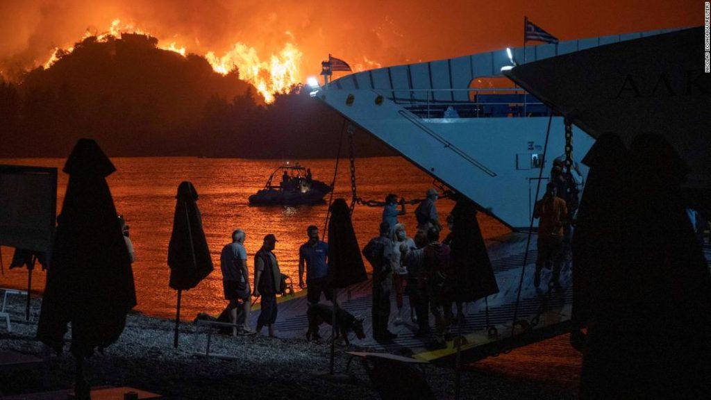 იტალიის ხელისუფლების წარმომადგენლები ვარაუდობენ, რომ კუნძულ სიცილიაზე ევროპაში ყველაზე მაღალი ტემპერატურა დაფიქსირდა