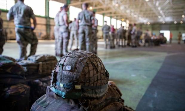 ავღანეთიდან ამერიკული დიპლომატიური მისიის წევრების უსაფრთხოდ ევაკუირებისთვის, ვაშინგტონი ქაბულში სამი ათასამდე სამხედრო მოსამსახურეს გზავნის