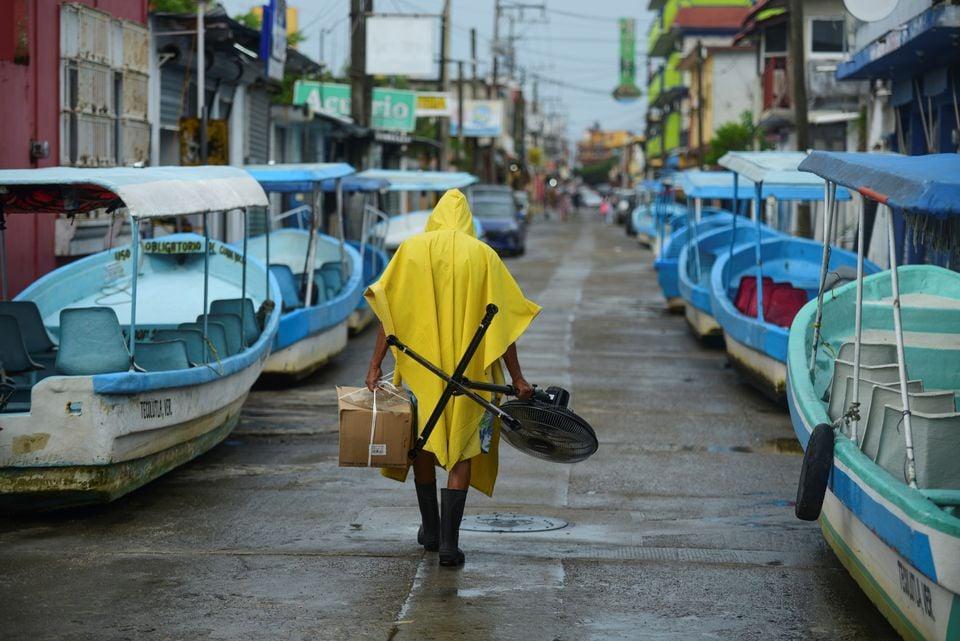 """ქარიშხალი """"გრეისი"""" მექსიკას უახლოვდება"""