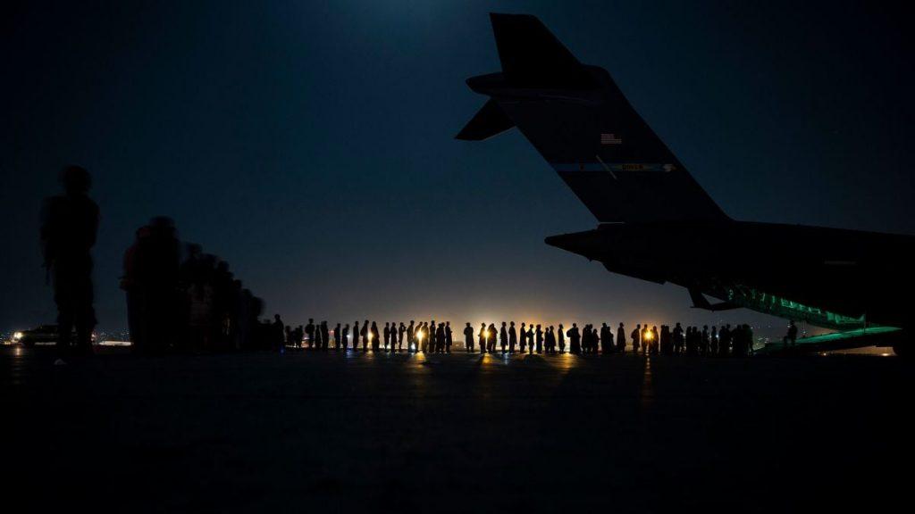 Լրատվամիջոցների հաղորդմամբ, ԱՄՆ-ը անցած 24 ժամվա ընթացքում Աֆղանստանից տարհանել է մոտ 19 000 մարդու
