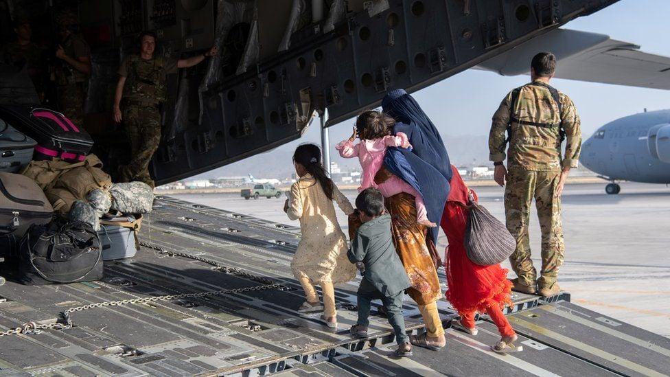 """""""ბიბისი"""" - ქაბულის აეროპორტი ტერორისტული თავდასხმის საფრთხის ქვეშააა"""