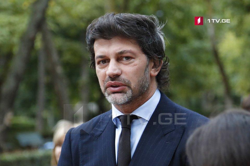 Каха Каладзе еще раз заявил, что готов принять участие в дебатах со всеми 16-ю кандидатами в мэры Тбилиси в эфире ОВГ