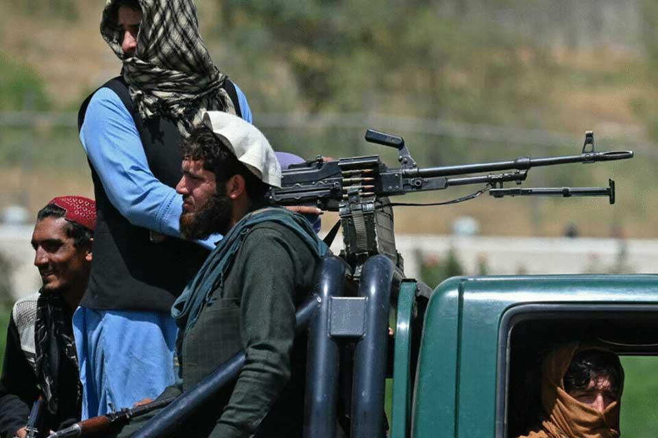 """მსოფლიოს ამბები - """"თალიბანისა და ისლამური სახელმწიფოს დაპირისპირება"""""""