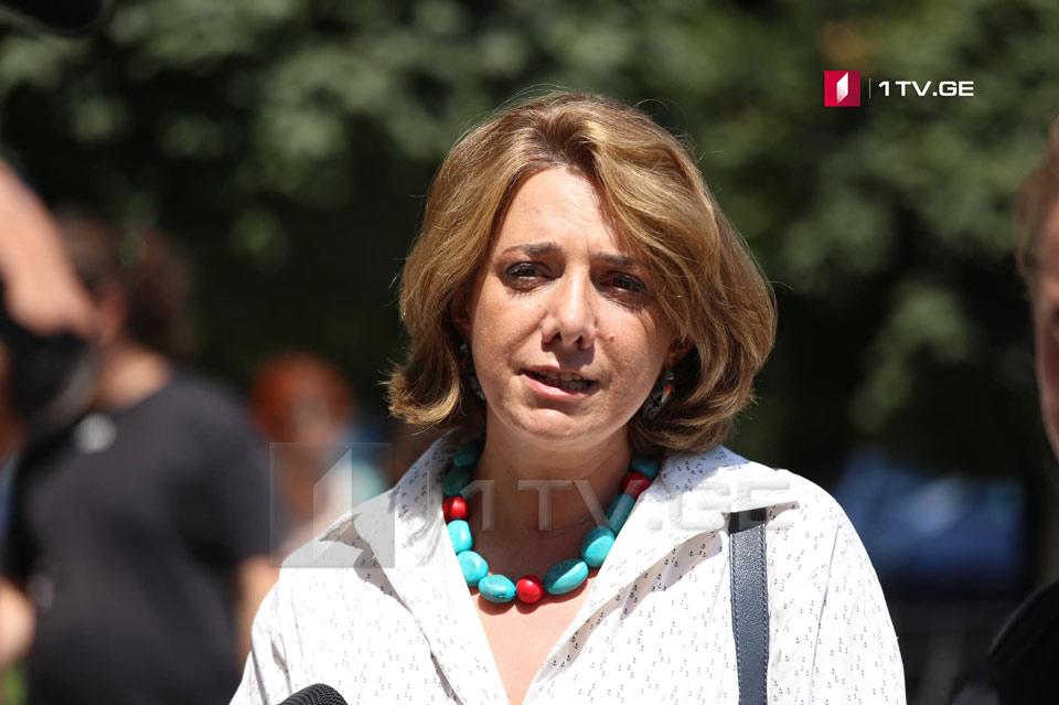 """სალომე სამადაშვილი - კერძო კომპანიები იძულებული არიან, """"ქართულ ოცნებასთან"""" ითანამშრომლონ, თუმცა ეს არ ათავისუფლებს მათ პასუხისმგებლობისგან"""