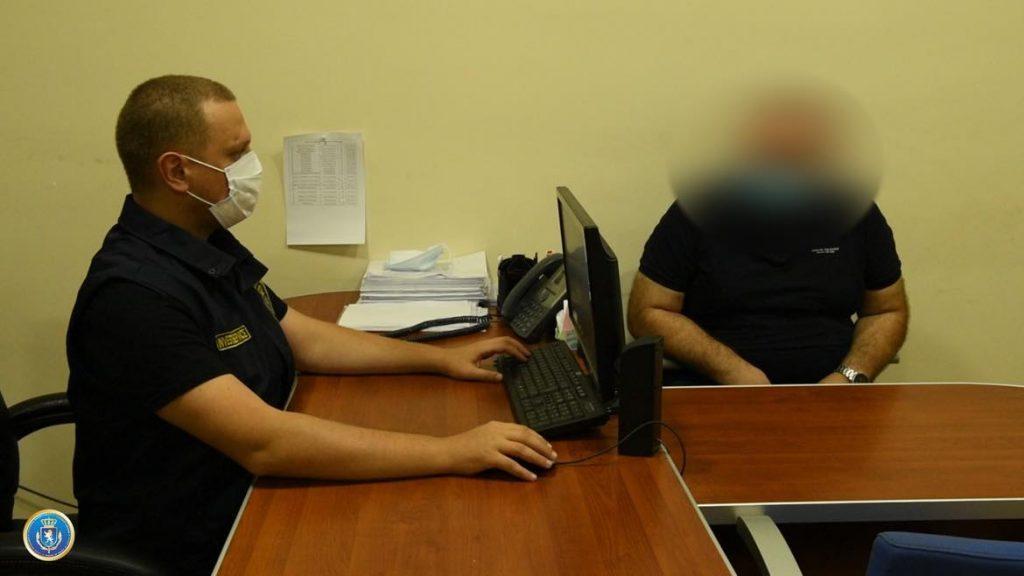 İstintaq Xidməti rüşvət alma faktı üzrə bir nəfəri yaxaladı
