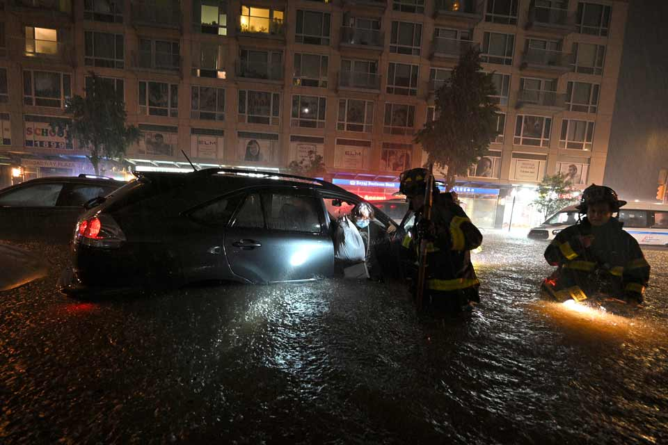 """ქარიშხალ """"იდას"""" შედეგად აშშ-ში სულ მცირე 23 ადამიანი დაიღუპა"""